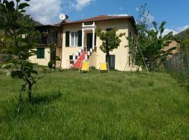 Appartamento in villa, Isolabona