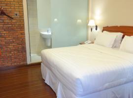 Thong's Inn Kualanamu Transit Hotel, Medan