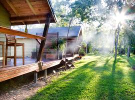 Airlie Beach Eco Cabins, Cannonvale