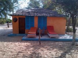 Jinack Lodge, Jinack Island (рядом с городом MBangkama)