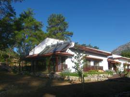 Calm Life Cottages, Uzumlu (in de buurt van Kemer)