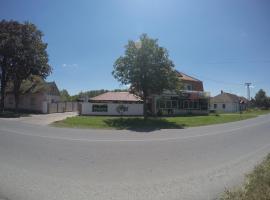 Guesthouse Marex, Jabuka