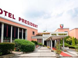 Grand Hotel President, Spilimbergo (Flaibano yakınında)
