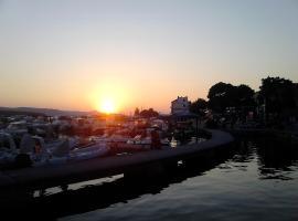 Fjaka - Biograd na moru, Polača