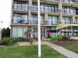 The 10 Best Hotels and Properties in Virginia Beach Boardwalk
