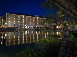 Hydrama Grand Hotel