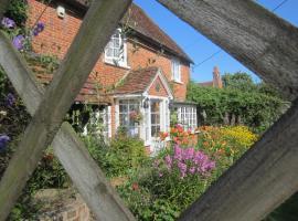 Vine Cottage, Farnham (Near Fleet)