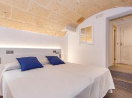Petit Hotel 5 Fars