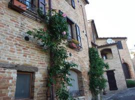Casa Vacanza La Torcia, Loretello (San Pietro yakınında)
