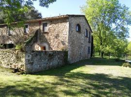 Can Cruilles, Serinyà (Esponellá yakınında)