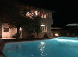 Ninas Luxurius Stone Villa, Астрос (рядом с городом Orini Meligou)