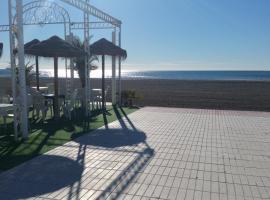 Echa un vistazo a estos hoteles con piscina en Santa Pola