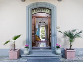 Hotel Villa Porta All'Arco