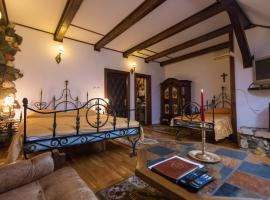 Hunter Prince Castle & Dracula Hotel