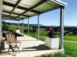 Hinter : Byron Hinterland Eco-Luxe Stay, Myocum (Coorabell Creek yakınında)
