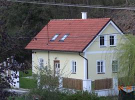 Chaloupka za potůčkem, Županovice (Kamýk nad Vltavou yakınında)