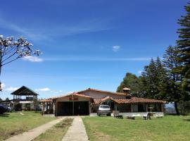 Al Bosque Hostel & Glamping, Santa Elena