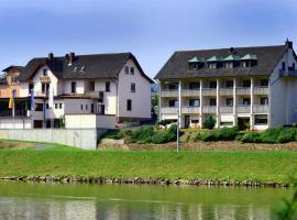 Hotel Straubs Schöne Aussicht, Klingenberg am Main (Mönchberg yakınında)