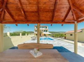 Crowonder Sun&Fun Apartments