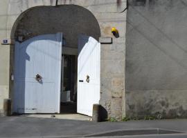 La Maison Des Buis, Falaise