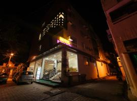 Radical Palace Hotel and Restaurant