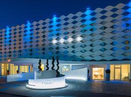 MO.OM Hotel