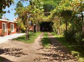 Hotel Casa Grande, Pareditas (Los Alamitos yakınında)