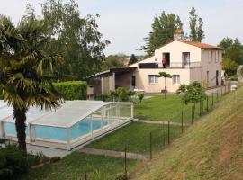Holiday home Rue de l'Eglise 1, Gauriac (рядом с городом Saint-Ciers-de-Canesse)