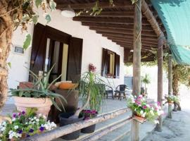 Masseria Li Cafari, Villaggio Resta