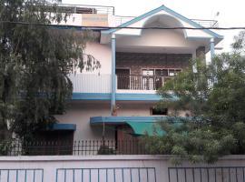 Madhuban Residence Apartment, Варанаси (рядом с городом Mirzāpur)