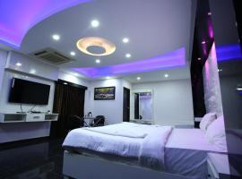 Hotel R R International