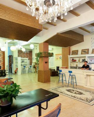 Sanya Seinecoast Inn
