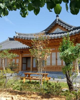 MyeongGa Hanok Pension