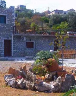 Mani Drosopigi Stonehouse Apartment
