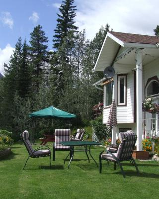 Silvern Lake Trail Bed and Breakfast