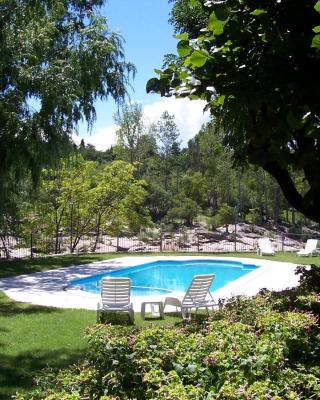 Costa Serrana Apart Hotel