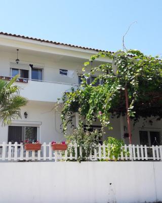 Guest House Rejjan