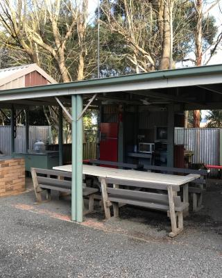 Pinewood Caravan Park