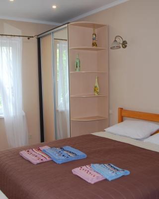 Bozhur Guest House