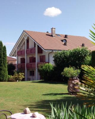 Bed and Breakfast Villa Hallau