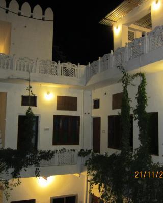rasta cafe and rooms pushkar