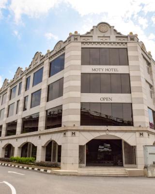 Moty Hotel