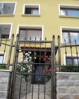Apartments Kaloyan