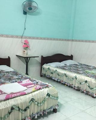 Thuy Hang Guesthouse