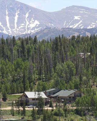 Hideaway Mountain Lodge