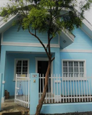 Homestay at 24 Laguna Bel-Air