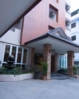 At Home at Udon