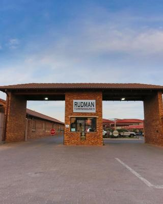 Rudman Townhouses - East Rand near OR Tambo Airport