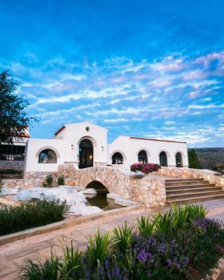 Mela Garden Retreat Cottage