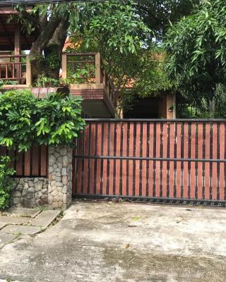 Kata Mountain View Villa